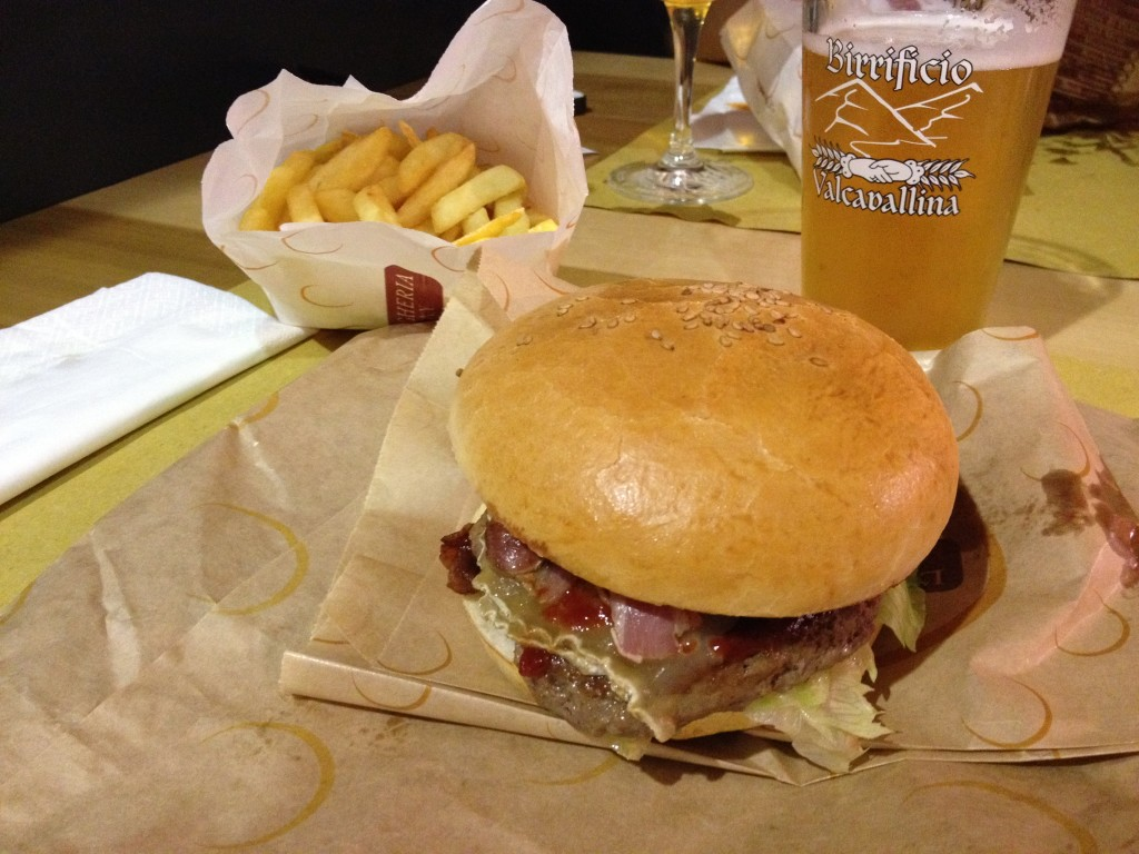 Hamburgheria Eataly - Torino, hamburger kebab Street Food