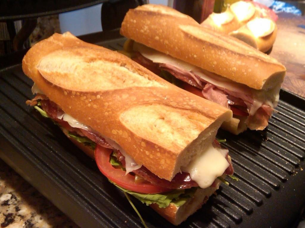 Dalla Zita, Padova - panino porchetta mozzarella pate d'olive