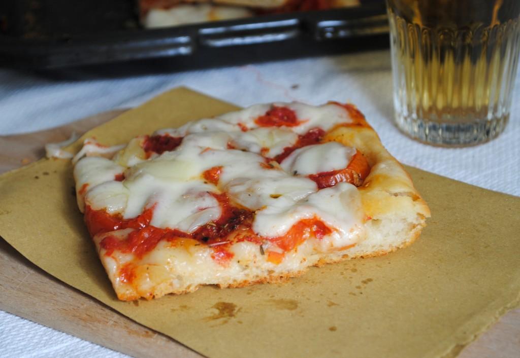 Forno Pizzoni Panis et Vinum, Foligno - trancio pizza