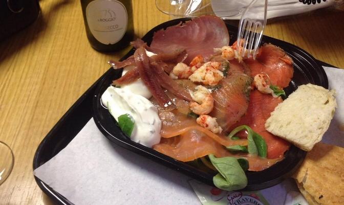 Que te pongo - salmoneria roma - piatto salmone